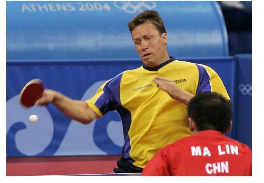 乒乓球发球技术之如何提高横板发球技术